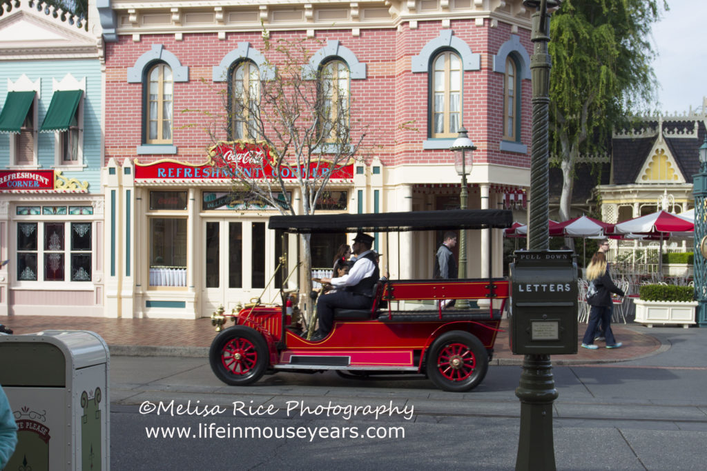 Jitney Disneyland Main Street Modes of Transportation