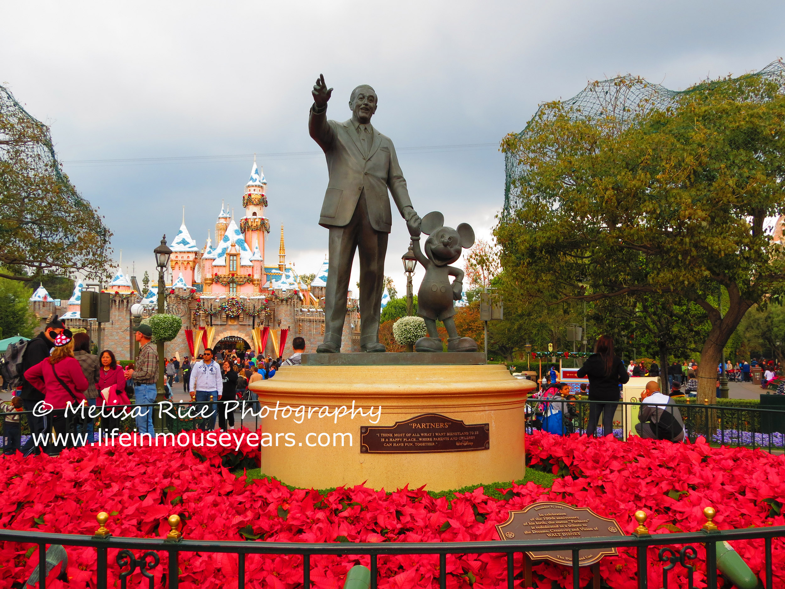 Discovering Statues Around Disneyland Life In Mouse Years