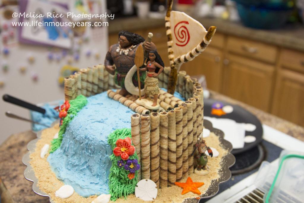 How to Moana Birthday Cake. Life in Mouse Years. #yum #yummy #food #diy #homemade #doityourself