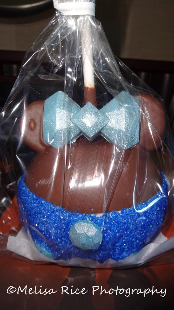 Disney Details aka Easter Eggs www.lifeinmouseyears.com #lifeinmouseyears #disney #disneyland #candyapples