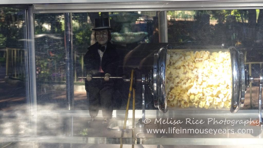 Disneyland food bucket list. Popcorn cart.