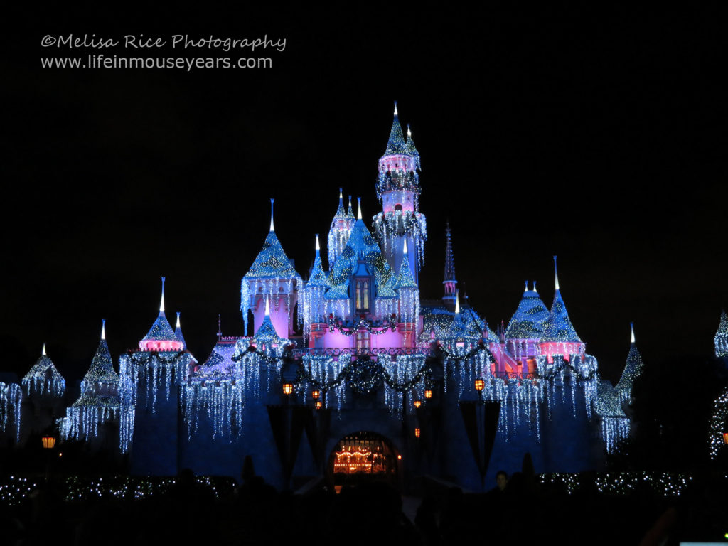 Holiday Time at Disneyland. Life in Mouse Years. #disneyland #california #travel #disney #holiday