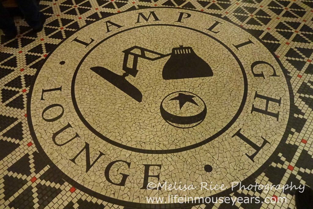 Exploring Pixar Pier www.lifeinmouseyears.com #lifeinmouseyears #lamplightlounge #pixarpier #food #yum #spirits #drinks