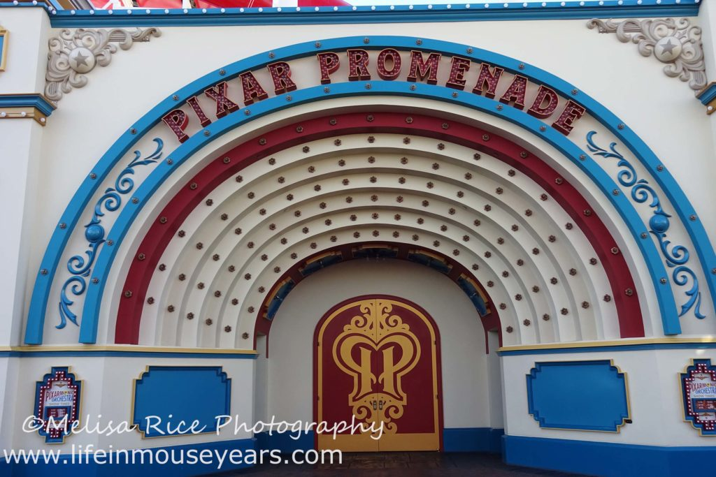 Exploring Pixar Pier www.lifeinmouseyears.com #lifeinmouseyears #pixarpier #californiaadventure #pixarpromenade #music #laughter #shows #entertainment