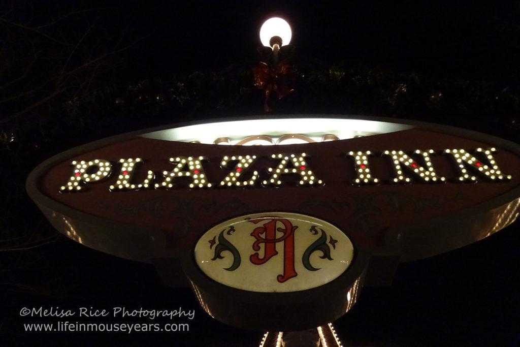 www.lifeinmouseyears.com #lifeinmouseyears #bengalbarbecue #adventurland #holidayfoods #cafeorleans