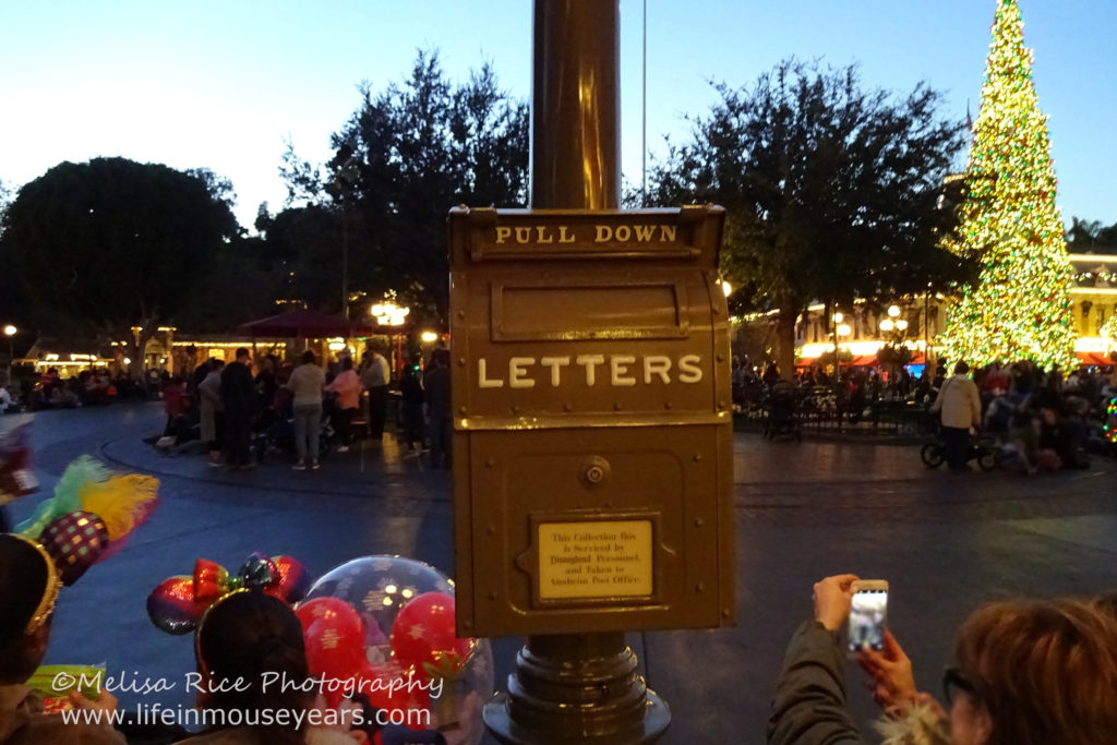 www.lifeinmouseyears.com #lifeinmouseyears #mailboxes #disneyland #mainstreet