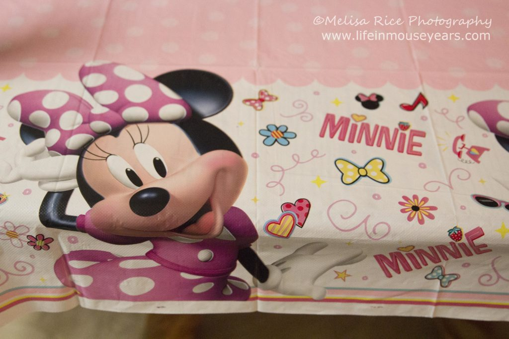 Minnie Mouse Birthday Party Ideas www.lifeinmouseyears.com #lifeinmouseyears #birthdayparty #disney #minniemouse