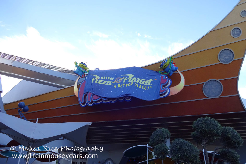 Exploring Tomorrowland Today at Disneyland www.lifeinmouseyears.com #lifeinmouseyears #disneyland #tomorrowland #alienpizzaplanet