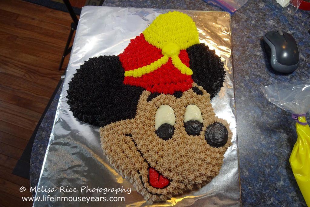 www.lifeinmouseyears.com #lifeinmouseyears #disney #mickeymouse #mickeycake