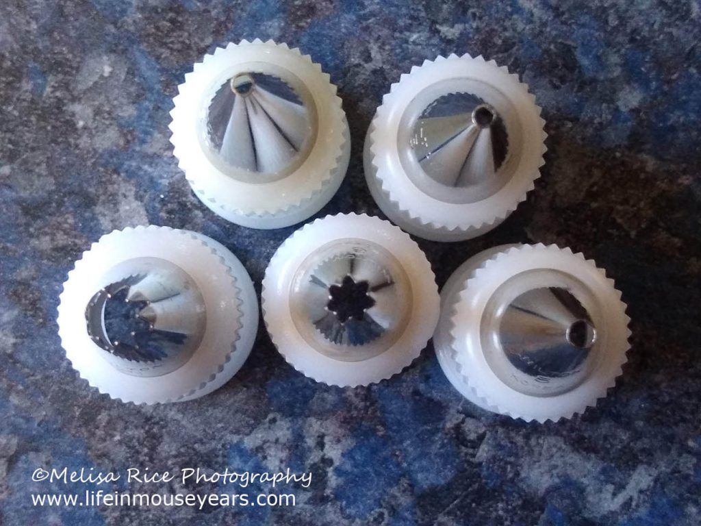 www.lifeinmouseyears.com #lifeinmouseyears #tinkerbell #disney #cake